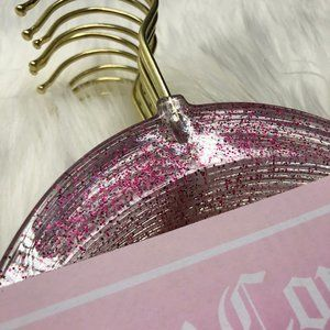 ✨ Juicy Couture ✨ Pink Glitter hangers 🌷
